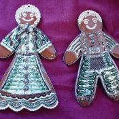 517-gingerbread-couple